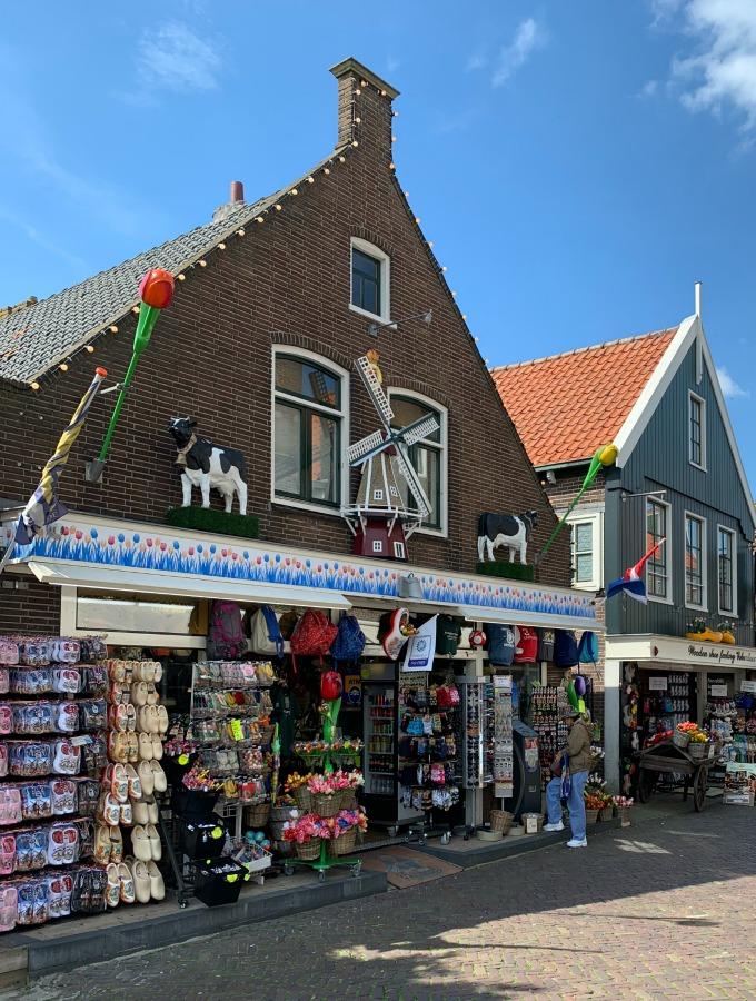 Netherlands travel, Europe travel destinations, visiting the Netherlands, visiting Holland, the Netherlands vacation, Netherlands tourist attractions, Netherlands tourist destinations, Edam Netherlands, Volendam Netherlands, Monnickendam Netherlands